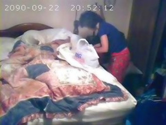 Hidden Cam Catches Mom First Tim...