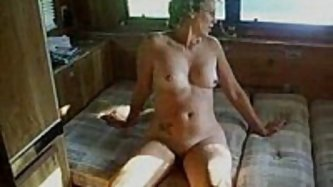 This swinger wife is in a camping resort,...