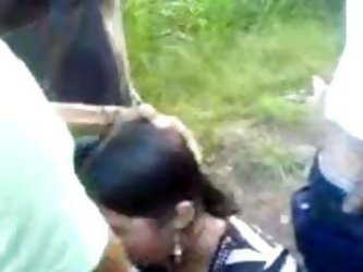 North Indian Girl Giving Blowjob To Her...