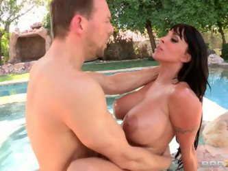 Curvy Brunette Mom Holly Halston Gets...