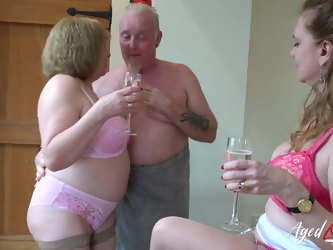 AgedLovE Two Matures and Handy Man in...