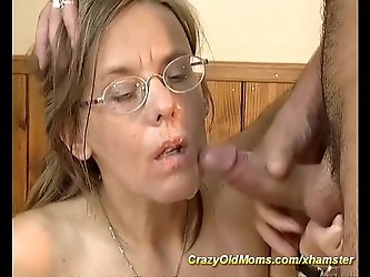 hairy mom needs deep anal