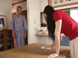 Young wife to fuck in the morning