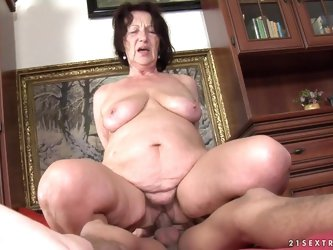 Slutty granny sucks a dick and gets fucked...
