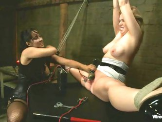 Hot Addison Heart gets tortured and toyed...