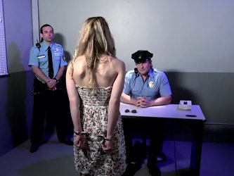 Arrested babe Alana Summers is fucked by...