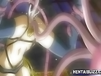 Hentai Groupfucked By Bigman And...