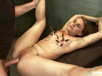 Payton Bell gets her mouth and pussy...